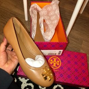 NWT-never worn- LAURA BALLET FLAT retail for $225
